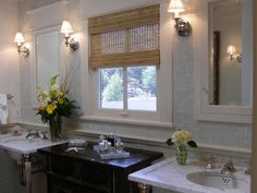 Traditional: Generally formal in style with classic architectural details. Heavy use of natural stone, carved or embellished cabinetry and vintage-look fixtures.