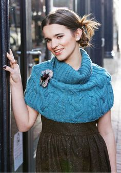 Cloos Shoulder Warmer By Nora Gaughan - Free Knitted Pattern - (berroco)