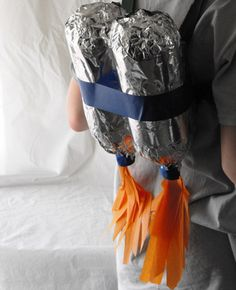 Recycled Craft: Make a Jetpack {with Recycled Materials} - I am so making this for my boys!!!