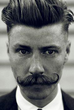 Hasta este modelo de bigote no parás! @Matías Alonso
