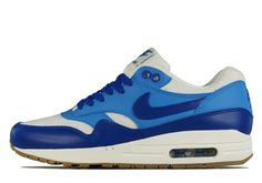 official photos d4833 5871e Nike WMNS Air Max 1 VNTG - Hyper Blue - Blue Lightning - SneakerNews.com