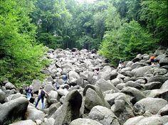 Felsenmeer im Odenwald, Führungen dauern 2,5 Stunden. Ansonsten Eintritt frei, Parkplatz 3 €