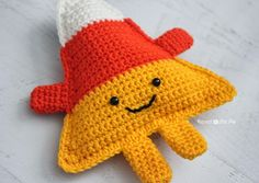 Repeat Crafter Me: Cuddly Crochet Candy Corn