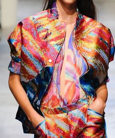 patternprints journal: PRINTS, PATTERNS AND SURFACE EFFECTS: BEAUTIFUL DETAILS FROM PARIS FASHION WEEK (WOMAN COLLECTIONS SPRING/SUMMER 2015) / Leonard.