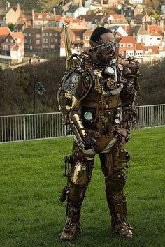 Cyborg, or armor? I'd prefer cyborg. Need to find a walk thru of what he's done. Steampunk Armor, Steampunk Couture, Steampunk Cosplay, Steampunk Clothing, Steampunk Fashion, Steampunk Outfits, Steampunk Accessories, Steampunk Design, Techno