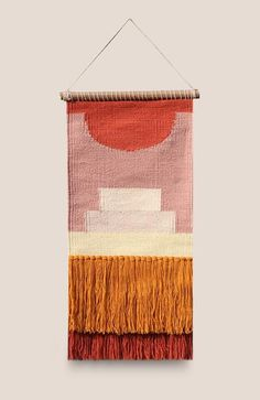 Products Weaving Textiles, Weaving Art, Hand Weaving, Tapestry Loom, Weaving Wall Hanging, Weaving Projects, Photoshop, Diy And Crafts, Fabric