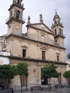 Mar. 1ª A.Fachada de la iglesia del Juramento de San Rafael. Ostenta el rango de basílica menor. Se levanta en el lugar donde se cree que el arcángel San Rafael se apareció al padre Roelas en 1578, jurándole custodiar la ciudad. Templo proyectado por Vicente López se consagra 1806.