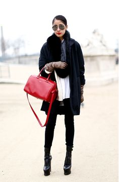 Adore the gloves, aviators, fur, matchy lips and bag.