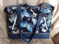 Sac Java en bleu à papillons cousu par Ange - Patron Sacôtin