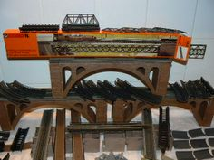 N Scale Buildings, N Scale Trains, Ho Scale, Airports, Model Trains, Scale Models, Big Ben, Planes, Scenery