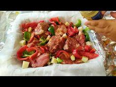 Εξοχικο Χοιρινό στη λαδόκολλα -η πιο νόστιμη ιδέα για Τσικνοπέμπτη - YouTube Greek Recipes, Sausage, Pork, Beef, Youtube, Kitchens, Kale Stir Fry, Meat, Sausages
