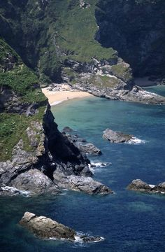 ༺♥༻@>~Absolutely~Stunning ~<@༺♥༻           Fisherman's Cove, Cornwall, UK