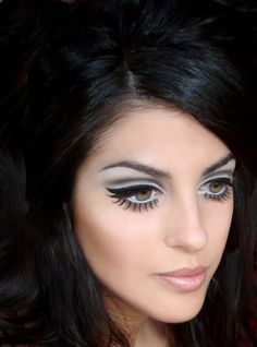 Fake lashes on the bottom? I never would have thought of that!