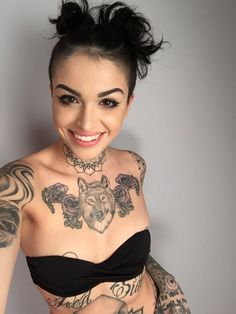 free tattoos for women sites parents roman tattoos for women kim cheats what happened to the sexygirl for women show 3 Hot Tattoos, Body Art Tattoos, Girl Tattoos, Tattoos For Women, Tattoo Women, Tattoo Ink, Tatoos, Flying Tattoo, Pin Up