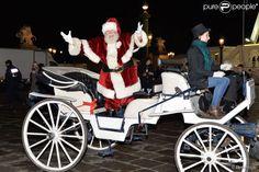 Le père Noël - Inauguration du marché de Noël 2014 sur les Champs-Elysées à Paris