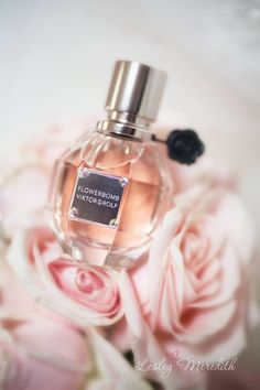 ♔ Victor & Rolf Flowerbomb! My favourite perfume Flowerbomb by Viktor & Rolf. This stuff smells aammazing. My brother gave me a bottle bottle of this for my birthday one year. LOVE :hearts: