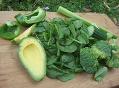 7 Most Alkaline Raw Foods: - Kale, - cucumber, - Celery, - Spinach, - Avocado.- Capsicum (pepper),- Broccoli