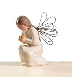 Willow Tree Angel Of Miracles Figurine Collectibles @ Internet Gift Store Willow Tree Statues, Willow Figurines, Willow Tree Figures, Willow Tree Angels, Willow Tree Family, Pottery Angels, Dragonfly Decor, Handmade Angels, Ceramic Angels
