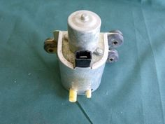 NOS-61-62-63-64-65-Ford-Mustang-T-Bird-Washer-Pump-1961-1962-1963-1964-1965