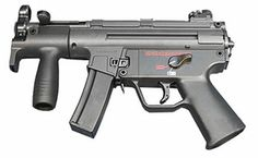 The world standard for tractical entry subs. D20 Modern, Heckler & Koch, Mp5, Cool Guns, Guns And Ammo, Shotgun, Airsoft, Firearms, Weapons