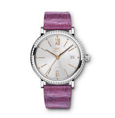 #TiempoPeyrelongue La manufactura suiza de relojes de lujo IWC Schaffhausen ha añadido a la familia de relojes Portofino modelos en cajas de 37 milímetros, así esta famosa línea también atrae a los amantes de relojes que prefieren un tamaño un poco más pequeño. @IWC #watches