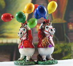 Купить Лошадь из папье маше с воздушными шарами (статуэтка, фигурка, пони) - лошадь, лошадь статуэтка