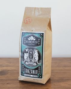 Coffee label - 10 awesome examples of coffee packaging – Coffee label Joe Coffee, Nitro Coffee, Coffee Logo, Coffee Branding, Coffee Shop, Espresso Coffee, Coffee Packaging, Brand Packaging, Coffee Labels