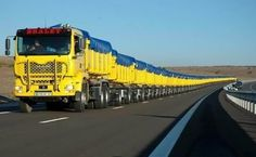 Road Trains In Australia – The World's Longest Truck - http://vixert.com/road-trains-australia-worlds-longest-truck/