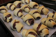 French Dip Crescents: 2 packages crescent rolls, 8 count 1 pound deli roast beef, thinly sliced 4 ounces Swiss or provolone cheese, cut in 16 equal sized pieces. Bake at 375 degrees for 11 to 13 minutes, until crescents are a golden color. Serve with Au Jus and enjoy!