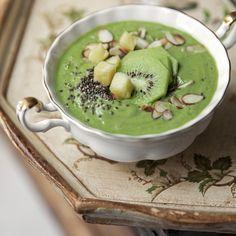 Green Bol - can be converted Vegan Clean Eating Breakfast, Breakfast Bowls, Breakfast Recipes, Healthy Snacks, Healthy Eating, Healthy Recipes, Fruit Recipes, New Recipes, Per Diem