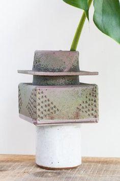 BZIPPY Box Top Green Ceramic Vase