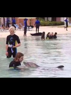 I am Rocky (no girlfriend over there so let's kiss the dolphin)!!