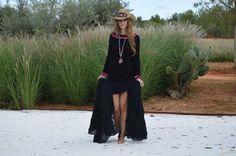 Asymetrical skirt Free Love Ibiza. Falda asimétrica, corta por delante y larga por detrás, de la tienda online www.ibizatrendy.com