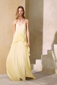 View the complete Elizabeth and James Spring 2017 collection from New York…
