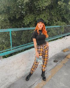 Red Hair Outfits, Jean Outfits, Cool Outfits, Casual Outfits, Fashion Addict, Girl Fashion, Fashion Outfits, Festival Looks, Girl Photo Poses
