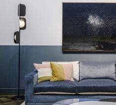 Le lampadaire LEAF, une création au style rétro chic! Ce luminaire est signée Matteo Zorzenoni pour la maison italienne MM Lampadari. #luminaire #design #designcontemporain #contemporarydesign #nedgis #luminairedesign #retro #mmlampadari #entree #salon #entrance #livingroom #bedroom #chambre #diningroom #salleamanger #MatteoZorzenoni #designitalien #italiandesign #elegant #lampadaire #lampadairedesign #floorlamp #designfloorlamp #leaf #metal #noirmat #mattblack