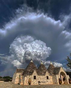 cumulonimbus clouds italy - Google Search Laura Lee, Canon Photography, Nature Photography, Photography Photos, Lifestyle Photography, Cumulonimbus Cloud, Italy Map, Italy Travel, Sky Art