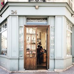 The 12 Most Instagrammable Spots in Paris | The Everygirl