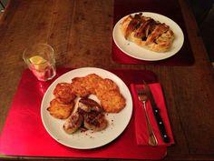 Filetto di maiale con rosti di patate e fagottino di sfoglia ripieno di verdure grigliate