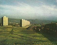 SHE F ELD — netherthorpe tower blocks, sheffield Old Pictures, Old Photos, Sheffield England, Sheffield United, Paris Skyline, New York Skyline, Industrial Architecture, Modern Architecture, Council Estate