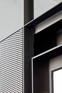 Aluminum Frame & Metal Perf