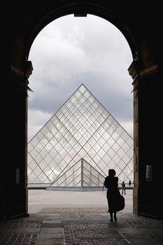 """Renessanssi - Louvre - Mona Lisan """"koti"""" (taustaa)."""