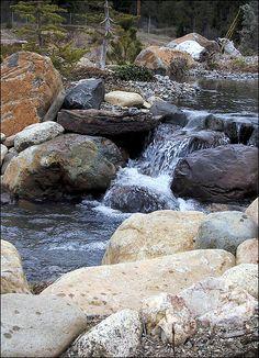 Boulder Stream and Log Falls near Cle Elum, WA - by Aquascape by Blue Creek, via Flickr  http://www.flickr.com/photos/aquascapebybluecreek/3710831175/in/set-72157620961050608/lightbox/#