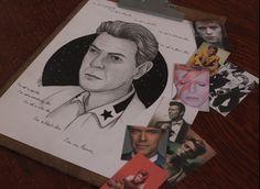 David Bowie Um riquiem a um dos maiores artistas que a humanidade já viu.  David Bowie, revolucionou a maneira de criar e compreender a arte. Ponto crucial da arte e cultura pop e contemporânea.  Muito obrigado por sua arte e inspiração. Seu brilho jamais cessará. Desenho a lápis 6B e 9B pretos, caneta 0.05 preta, marcador permanente 2.0 preto e tinta titanium white sobre folha de papel A4. Inspirado nas obras de Helen Green. 11 de janeiro de 2016 ⚡️ #Bowie #draw #art #artpop