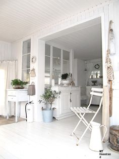 Det mysiga Heestrand,like the ceiling boarded..might do this in the living area.