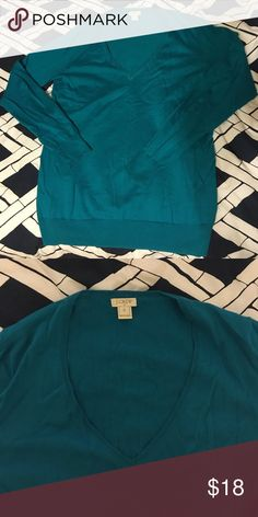 J crew teal v neck sweater This is a J Crew real v neck sweater in size small. Fits true to size. Work only once and like new. J. Crew Sweaters V-Necks