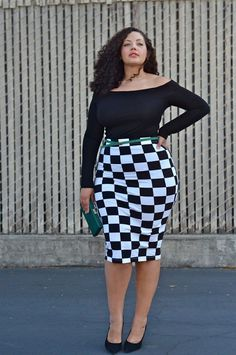 Checkers pencil skirt, so cute.