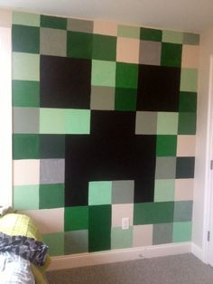Minecraft bedroom creeper wall