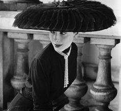 Legroux Soeurs Hat b y Norman Parkinson, 1952. via bluetramontana style