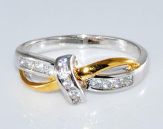 Luxusný dámsky prsteň zo zliatiny bieleho zlata so zirkónom Gold Rings, Rose Gold, Engagement Rings, Crystals, Diamond, Jewelry, Enagement Rings, Wedding Rings, Jewlery